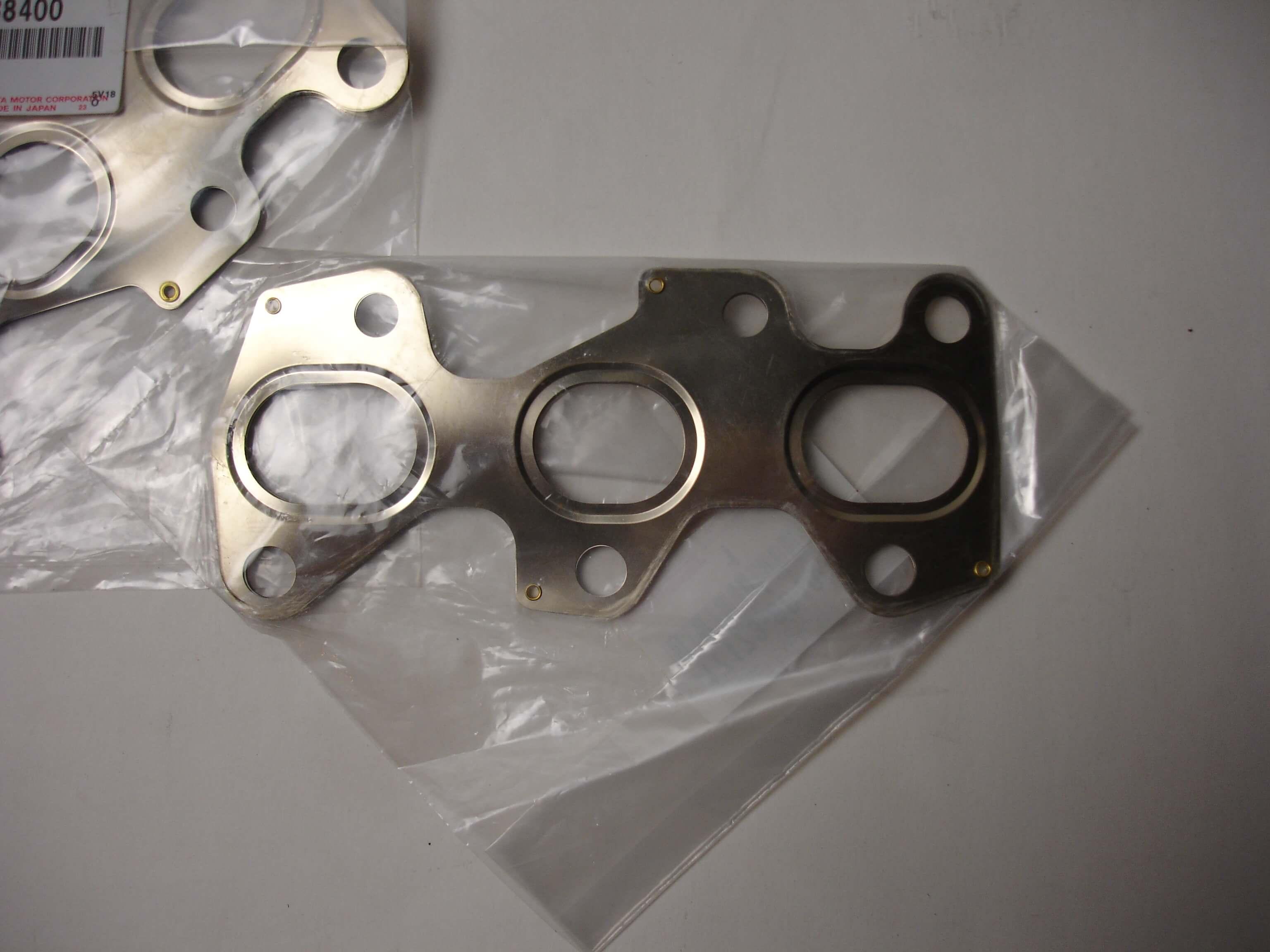 Toyota OEM 1JZ-GTE Exhaust Manifold Gasket To Head 17173-88400 X2