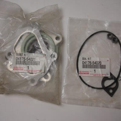 Toyota OEM 2LT-E Turbocharger Gasket Kit And Seal Kit 04175-54021 04176-54020