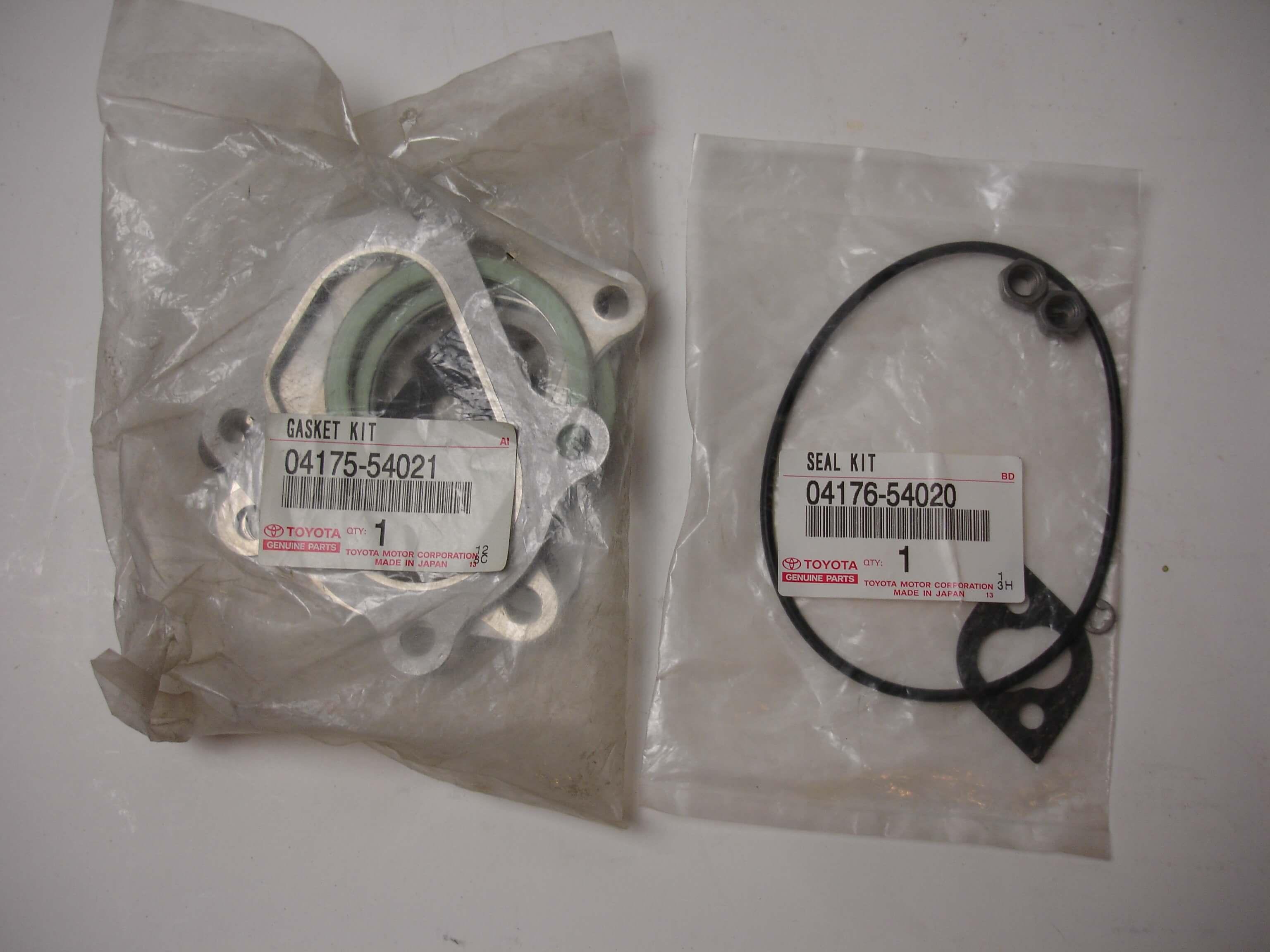 Toyota OEM 2LT-E Turbocharger Gasket Kit And Seal Kit 04175-54021 04176-54020